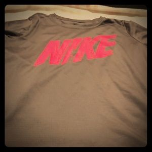 Dri Fit boys size Large gray with pink Nike emblem
